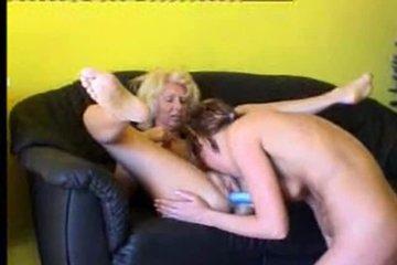 Со зрелой тёткой без фистинга никуда