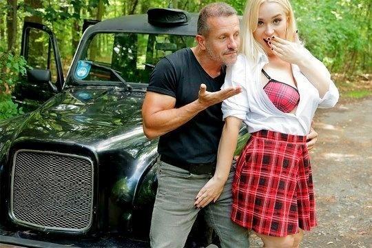 Ловкий таксист умело доводит до сквирта студентку блондинку Vera Jarw