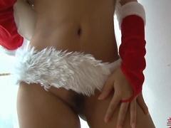 Сладкая снегурка радует послушных мужчин