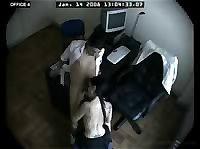 Съемка скрытой камерой в офисе